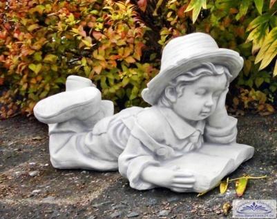 SRS101144 Gartenfigur Junge mit Buch Kinderfigur Steinfigur 57cm lang 24kg