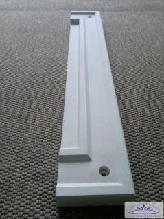 BD-7115 Fassadenstuck Rahmenleiste oben unten Fensterbreite 975mm massiver Fassadenstuck aus Weissbeton