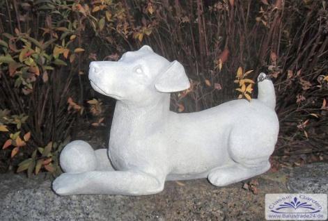 SA-N960 Gartenfigur liegender Hund mit Ball Hundefigur 39cm 11kg