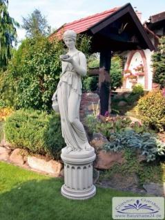 S273 Gartenfigur mit Wasserschale Der Willkommenstrunk Figur Hebe Steinfigur aus Weißbeton Steinguss Figur 165cm hoch 186kg