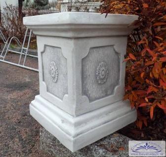 S221 Sockel quadratisch für Gartenfiguren Podest Pflanzamphoren und Garten Blumen Pflanzgefäße aus Beton Steinguss frostfest 39cm 55kg