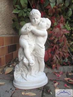 BAD-KP0203 Gartenfigur Erste Liebe Steinfigur Junge und Mädchen Dekofigur als massive Beton Steinguss Skulptur 59cm 22kg