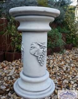 BD-6219 Säule mit Wein Dekoration als Sockel und Dekosäule für Garten und Innendeko 51cm 32kg