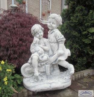 BAD-1519 Gartenfigur Figurengruppe Kinder mit Hund auf Schubkarre Geschwisterpaar Junge Mädchen 79cm 90kg