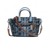 Coach Handtasche Swagger 21, Colorblock Exotic cornflower