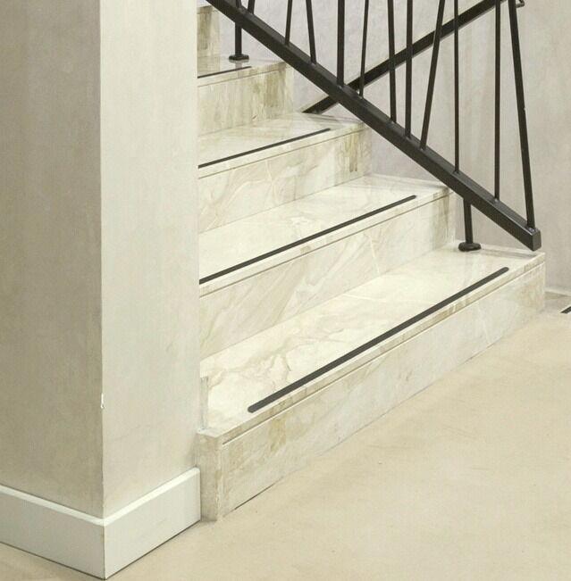 karagrip pro schwarz treppe fliesen rutschschutz anti rutsch rutschstopp kaufen bei kay rang gmbh. Black Bedroom Furniture Sets. Home Design Ideas