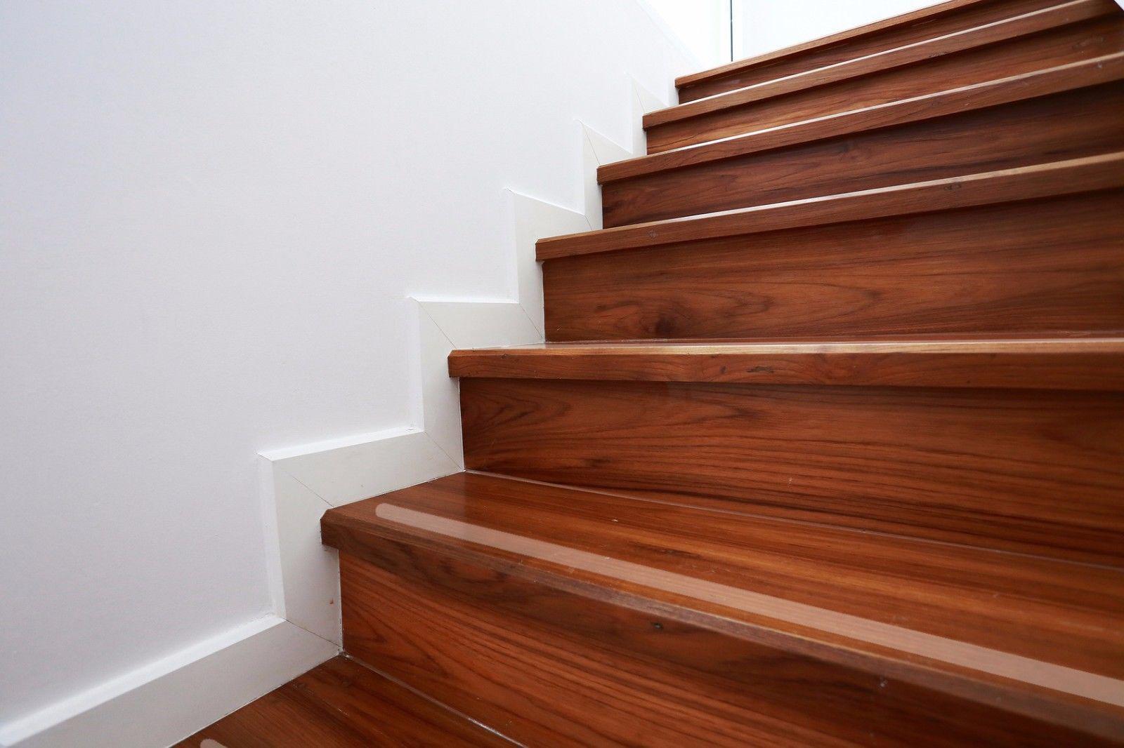 anti rutsch profile treppen hausidee. Black Bedroom Furniture Sets. Home Design Ideas