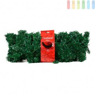 Weihnachtliche Tannengirlande aus Kunststoff von Christmas Gifts, 180 Zweige mit grünen Nadeln, Metall-Aufhänger links und rechts, Länge ca. 270 cm