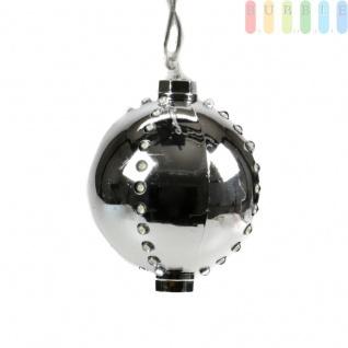 Weihnachtskugel mit 44 LEDs von Christmas Gifts, 6 Licht-Modi, Kunststoff, Christbaumkugel, Adventsdekoration, mit Aufhänger, Ø ca. 8 cm, Netzkabel ca. 155 cm, 230V/50Hz, Farbe Silber