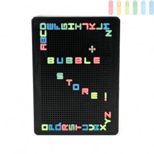 Beleuchtete Stecktafel von Grundig, 12 LEDs, Batteriebetrieb oder 5V-Stecker, 1550 Stecklöcher, ca. 200 Buchstaben in 4 Neon-Farben, ca. 30 x 21 x 4, 3 cm, Indoor