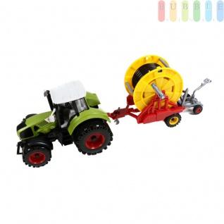 Traktor mit Anhänger von Gearbox, Friktionsantrieb, Bauernhof-Spielset, Länge ca. 44 cm, Farbe Grün