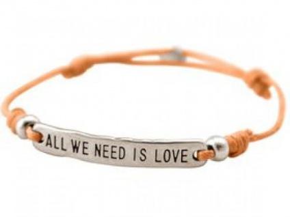 Damen Armband Gravur ALL WE NEED IS LOVE Silber Hellkoralle Rose