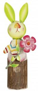 Deko Hase mit Blume aus Holzstamm und Metall bunt stehend 29 cm