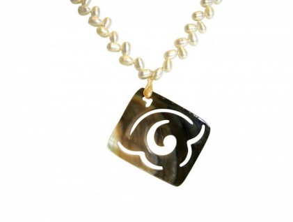 Halskette Medaillon Perlmutt Vergoldet Bronze Grau Weiß 7 cm