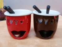 2er Fondue-Set love aus Keramik, rund in Rot und Braun