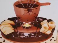 Fondue-Set- Flecken aus Keramik