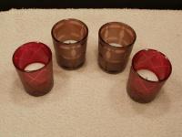 2 Teelichtgläser in Rot und Braun