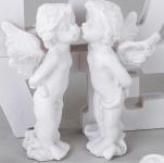 formano Engelpaar vor einem Schriftzug in Weiß, Kunststein, 10 cm
