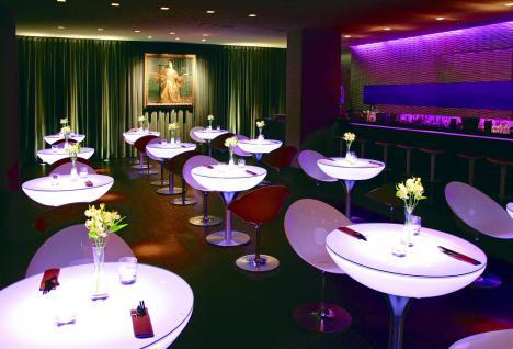 Moree Lounge Tisch, Pro, LED beleuchtet, Ø 84 cm, H 75 cm, ABS glänzend, weiß... - Vorschau 3