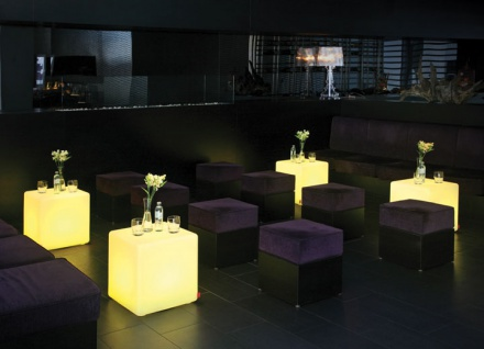 Moree Cube LED Akku Leuchtwürfel / Sitzwürfel, beleuchtet, B 44, L 44, H 45 c... - Vorschau 2