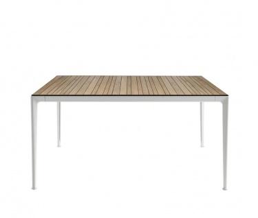 B&B Italia Mirto Outdoor Esstisch 160× 90 cm, Tischplatte Aluminium, Calacatta oder Iroko