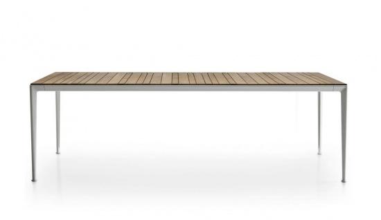 B&B Italia Mirto Outdoor Esstisch 250 cm, Tischplatte Aluminium, Calacatta oder Iroko
