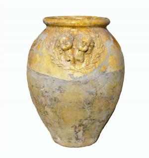 French Pottery Terracotta Amphore mit 2 Engeln und Olivenblattdekoration 83 cm