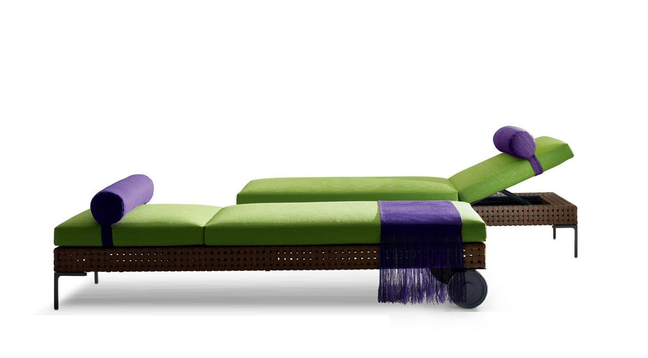 b b italia charles outdoor sonnenliege mit rollen. Black Bedroom Furniture Sets. Home Design Ideas