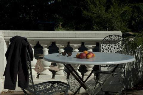 French Pottery Esstisch mit abnehmbarer Terracotta Tischplatte H75 cm (verschiedene Modelle)