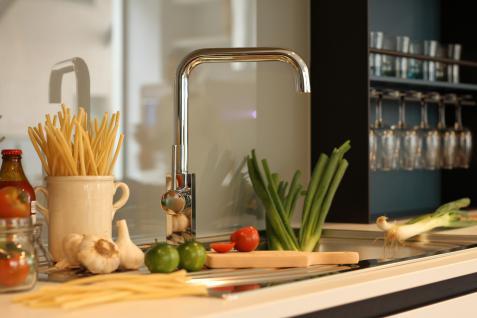 Küchenarmatur, Küchenmischer, Spültischarmatur, Spülenmischer, Wasserhahn Küche, Spültischmischer, RETRO Quardatisches Design, Top Qualität direkt vom Hersteller.