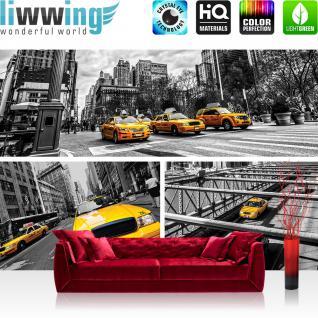 liwwing Vlies Fototapete 300x210 cm PREMIUM PLUS Wand Foto Tapete Wand Bild Vliestapete - New York Tapete Brücke Taxi Haus Bäume BusFahne Fluss Menschen Straße grau - no. 849