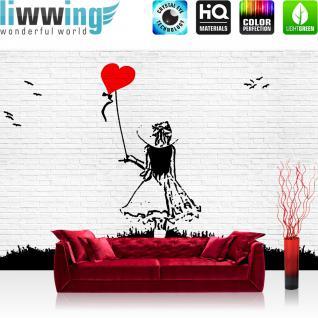 liwwing Vlies Fototapete 152.5x104cm PREMIUM PLUS Wand Foto Tapete Wand Bild Vliestapete - Steinwand Tapete Steinoptik Stein Malerei Frau Balon Herz Liebe weiß - no. 1986