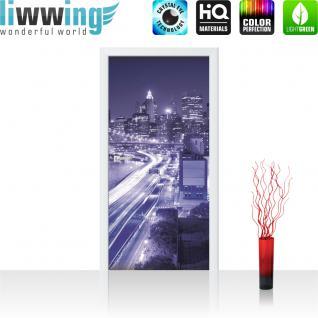liwwing Vlies Türtapete 91x211 cm PREMIUM PLUS Tür Fototapete Türposter Türpanel Foto Tapete Bild - Skyline Straße New York Lightning - no. 561
