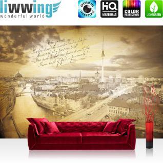 liwwing Vlies Fototapete 208x146cm PREMIUM PLUS Wand Foto Tapete Wand Bild Vliestapete - Stadt Tapete Berlin Fernsehturm Invalidendom Rotes Rathaus gelb - no. 3513