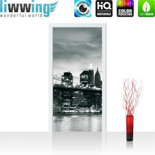 liwwing Vlies Türtapete 91x211 cm PREMIUM PLUS Tür Fototapete Türposter Türpanel Foto Tapete Bild - Toronto Skyline Night - no. 656