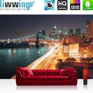 liwwing Fototapete 254x168 cm PREMIUM Wand Foto Tapete Wand Bild Papiertapete - New York Tapete Skyline Straße New York Lightning blau Nacht night gelb - no. 1111