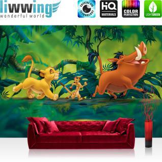 liwwing Vlies Fototapete 312x219cm PREMIUM PLUS Wand Foto Tapete Wand Bild Vliestapete - Disney Tapete König der Löwen Kindertapete Cartoon Simba Pumpa Dschungel grün - no. 1399