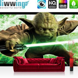 liwwing Vlies Fototapete 208x146cm PREMIUM PLUS Wand Foto Tapete Wand Bild Vliestapete - Jungen Tapete Star Wars Yoda Laserschwert Macht grün - no. 1694
