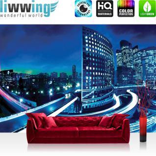 liwwing Vlies Fototapete 350x245 cm PREMIUM PLUS Wand Foto Tapete Wand Bild Vliestapete - Skylines Tapete Häuser Skyline Nacht Lightning New York blau - no. 596