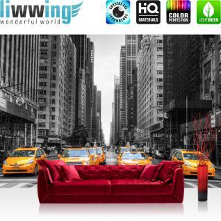 liwwing Vlies Fototapete 400x280 cm PREMIUM PLUS Wand Foto Tapete Wand Bild Vliestapete - Skyline Manhattan Taxis - no. 210