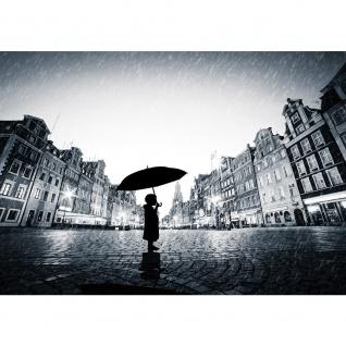 Fototapete Stadt Tapete Regen, Person, Shilouette, Schirm, Stadt schwarz - weiß   no. 3570