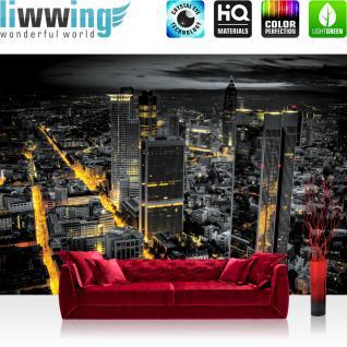 liwwing Fototapete 368x254 cm PREMIUM Wand Foto Tapete Wand Bild Papiertapete - Skylines Tapete Panorama Skyline Häuser Straßen Nacht Lichter schwarz - no. 948