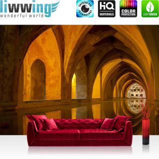 liwwing Vlies Fototapete 400x280 cm PREMIUM PLUS Wand Foto Tapete Wand Bild Vliestapete - BATH OF ALCAZAR - Arkaden 3D Perspektive Gewölbe Bad Wasser Reflexion - no. 063