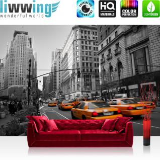 liwwing Vlies Fototapete 350x245 cm PREMIUM PLUS Wand Foto Tapete Wand Bild Vliestapete - Skyline Manhatten Taxis - no. 194