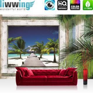 liwwing Vlies Fototapete 416x254cm PREMIUM PLUS Wand Foto Tapete Wand Bild Vliestapete - Holz Tapete Holzwand Holzoptik Holz Fenster Palme Strand Meer Steg Hütte - no. 2456
