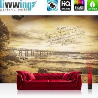liwwing Vlies Fototapete 208x146cm PREMIUM PLUS Wand Foto Tapete Wand Bild Vliestapete - Meer Tapete Küste Landungssteg Gedicht Wellen gelb - no. 3519
