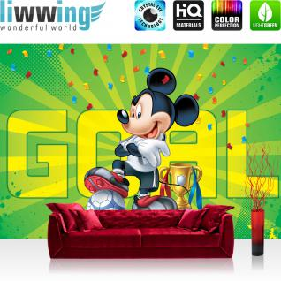 liwwing Vlies Fototapete 416x254cm PREMIUM PLUS Wand Foto Tapete Wand Bild Vliestapete - Disney Tapete Micky Maus Kindertapete Cartoon Comic Mickey Mouse Fussball Pokal grün - no. 2323