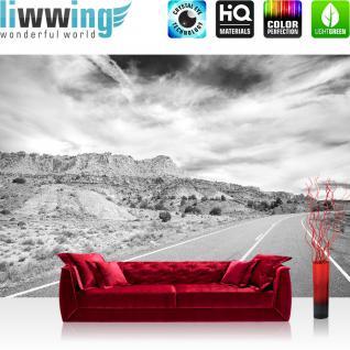 liwwing Vlies Fototapete 416x254cm PREMIUM PLUS Wand Foto Tapete Wand Bild Vliestapete - Landschaft Tapete Wüste Himmel Straße Amerika schwarz weiß - no. 2556