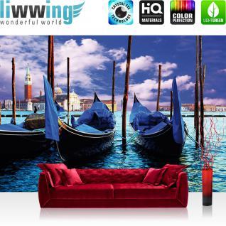 liwwing Vlies Fototapete 208x146cm PREMIUM PLUS Wand Foto Tapete Wand Bild Vliestapete - Venedig Tapete Gondeln Wasser Himmel blau - no. 1580