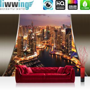 liwwing Vlies Fototapete 300x210 cm PREMIUM PLUS Wand Foto Tapete Wand Bild Vliestapete - Skylines Tapete Skyline Panorama Hafen Lightning Rahmen City gelb - no. 626